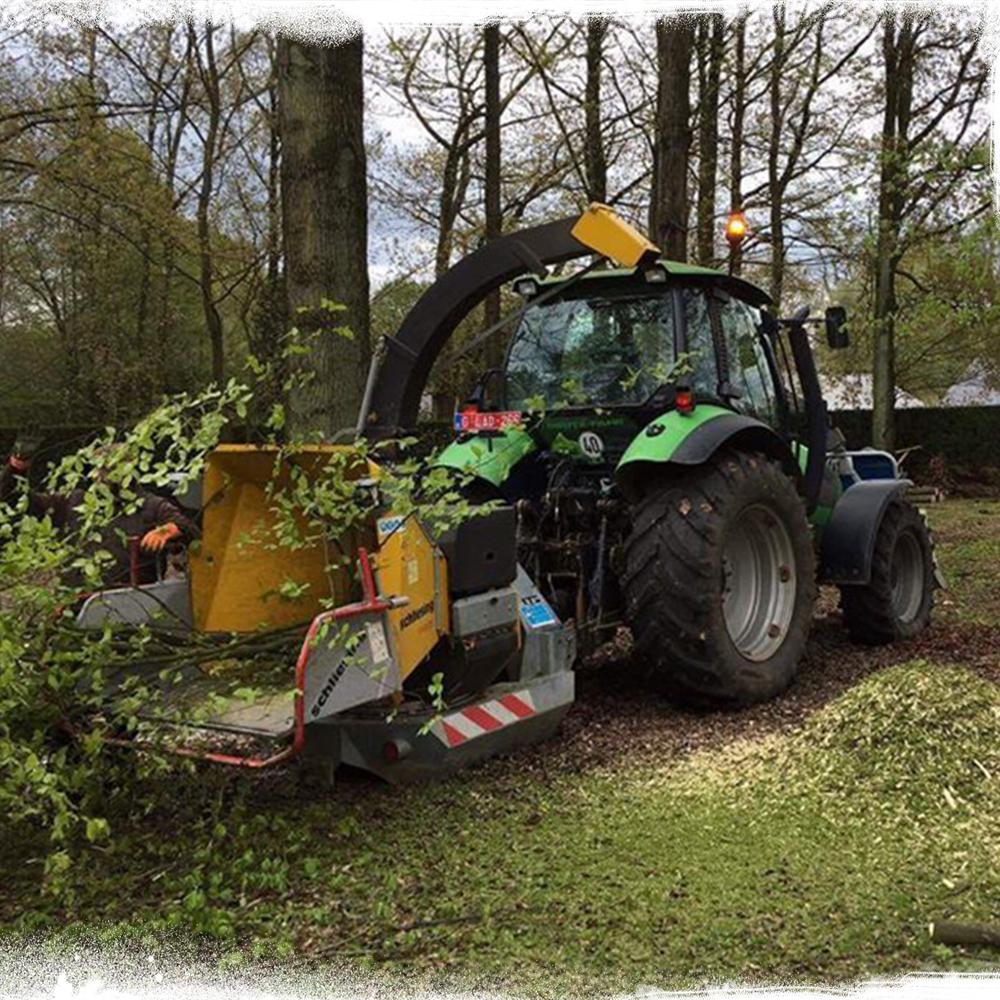 Déboisement et gyrobroyage et entretien de terrains laissés en friche